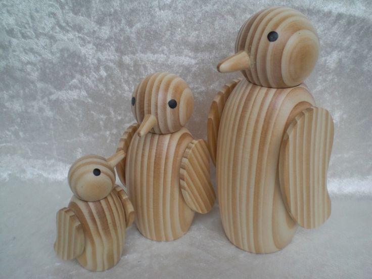 Laune-Vögel , 3er Set, gedrechselt von Pfiffiges aus Heu, Wolle und Holz auf DaWanda.com