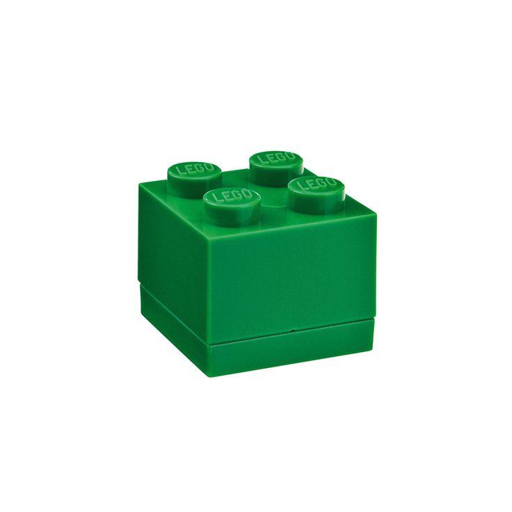 Articolo: RCLMB4GR_Parent skuContenitore in plastica senza BPA e PVC di Lego di colori diversi, utilissimo per conservare alimenti. Anche per prodotti altamente funzionali, come questo, il design, i materiali e la forma sono importanti per regalare una nota di unicità ai prodotti che mettiamo nelle nostre cucine. Grazie alla sua chiusura ermetica la durata e la sicurezza del contenuto sono garantite. Le varie misure permettono di portare con se la quatità desiderata di cibo senza doverli ...
