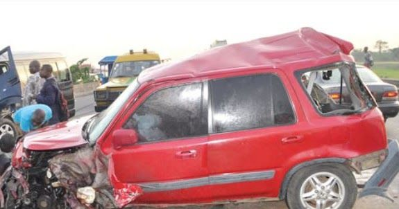 A 15-year-old boy was on Monday crushed to death in Osogbo the Osun State capital when a Sports Utility Vehicle lost control and rammed into him where he was standing to cross the road.  An eyewitness said the deceased who went to Ayegbaju Market in the metropolis to buy pepper was returning home when he was killed.  The vehicle was said to have lost control while on speed and skipped off the highway before ramming into the deceased.  The grey coloured SUV with registration number Lagos JJJ…