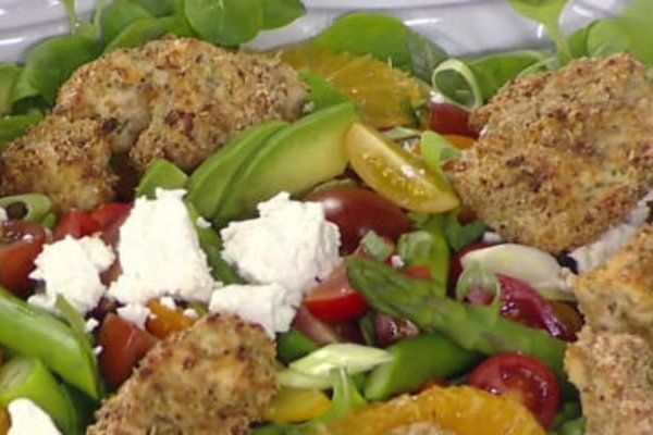 Watch Kevin Curry of Fit Men Cook make healthy lower carb popcorn chicken, Texas summer salad on the Today show on Monday, August 28, 2017.