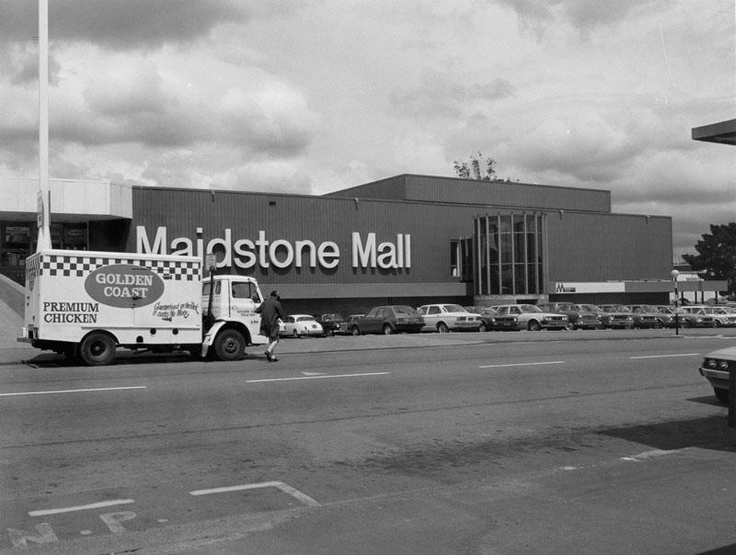 Maidstone Mall, Upper Hutt. October 1981.