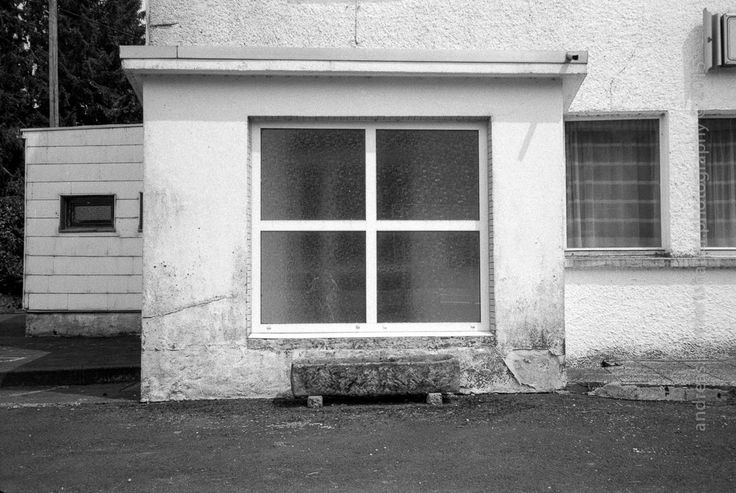https://flic.kr/p/whkTPk   square window   Photograph © Andreas Schniertshauer, square window; From the series: lost place, GER 2015.