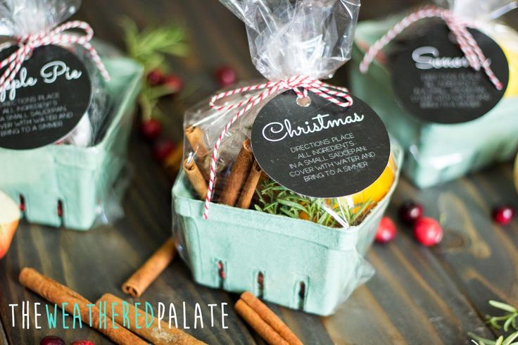 Christmas Stove-top Scents {with free printables} | The Weathered Palate