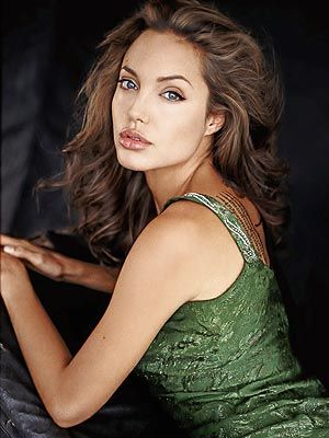 Her big pouty sexy lips are envied by women the world over! Angelina Jolie