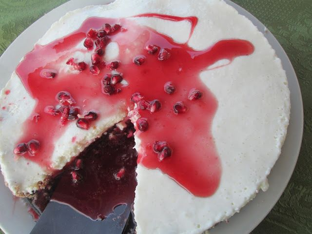 Greek yogurt cheescake with pomegranate Syrup | greek yogurt/ yogurt ...