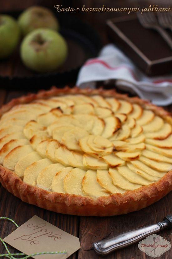 Tarta z karmelizowanymi jabłkami / Tart with caramelized apples / apple pie