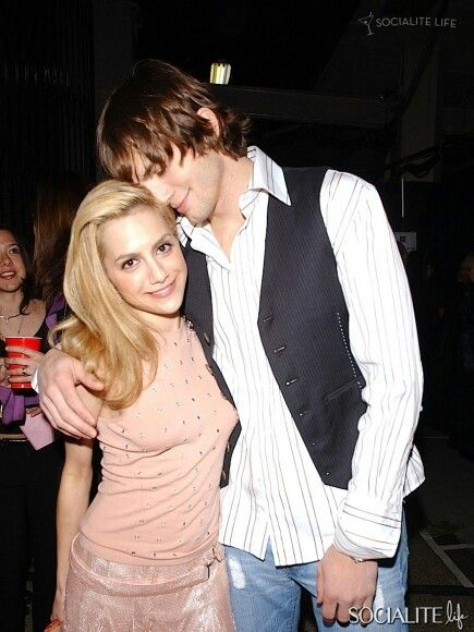 brittany murphy dating ashton kutcher Brittany murphy mourned by ashton kutcher, lindsay lohan, more 'see you on the other side, kid,' kutcher says.