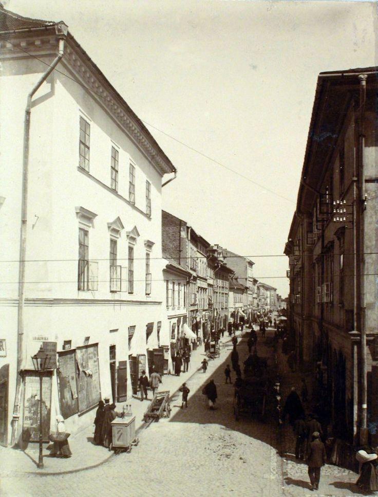 Ul. Józefa, ok. 1908-1910. Fot. Franciszek Klein. Archiwum Narodowe w Krakowie, Zbiór fotograficzny, sygn. A-IV-636.