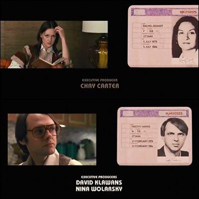Al final de la cinta,nos muestran imágenes reales de los rehenes comparándolas con los actores de la película,para visualizar el trabajo de maquillaje y caracterización.