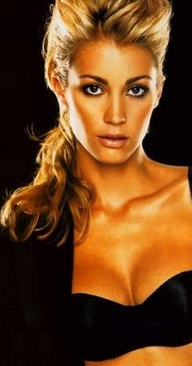 Tanit Phoenix Copley | Tanit phoenix, Celebrities, Phoenix