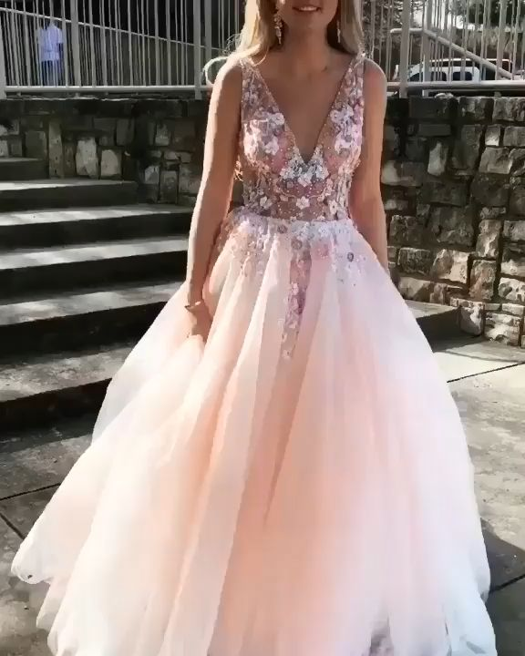 Prom 2020 is here! Check this new arrival tulle prom dress with appliques at good price. Free shipping and custom made dresses are available!