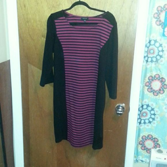 Black and wine colored dress With black and red wine colored striped this is a great dress for a date night! Spense Dresses Midi