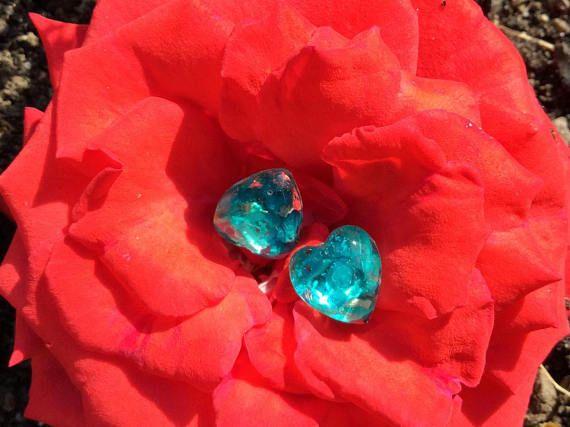 Earrings-Flowers oil color-Resin / Orecchini-Fiori color petrolio-Resina € 3,20