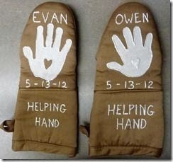Sonshine Classical Academy: Handprint Oven Mitts - perfect ...