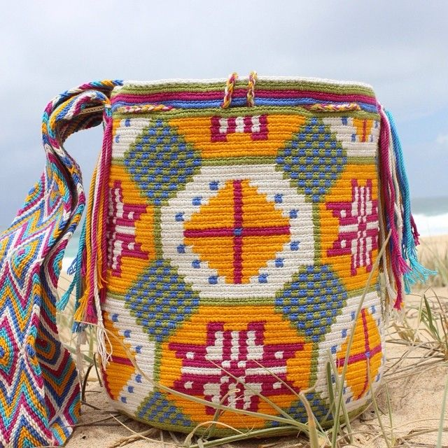 "51 Beğenme, 4 Yorum - Instagram'da Mobolso Wayuu Mochilas Shop (@mobolso): ""Coco- a beautiful handmade bag - a piece of Art! Great ✨"""
