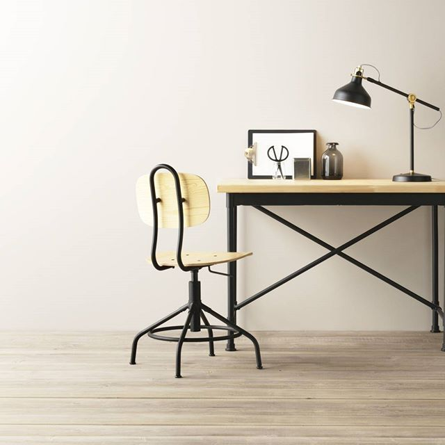 Una scrivania in stile industriale per il tuo spazio