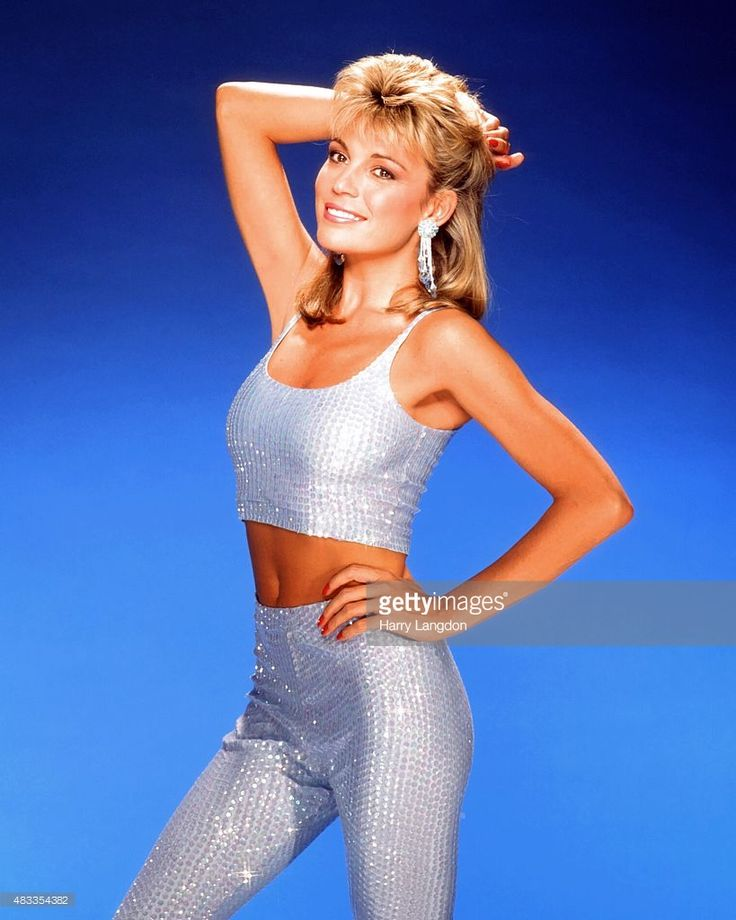 Actress Vanna White poses for a portrait in 1987 in Los Angeles, California.