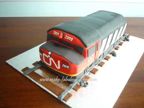CN Train Cake by fabcakelady, via Flickr