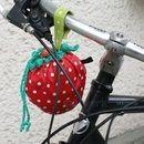 Fahrräder - Fahrrad-Lenker-Tasche Erdbeere - ein Designerstück von majwerk bei DaWanda
