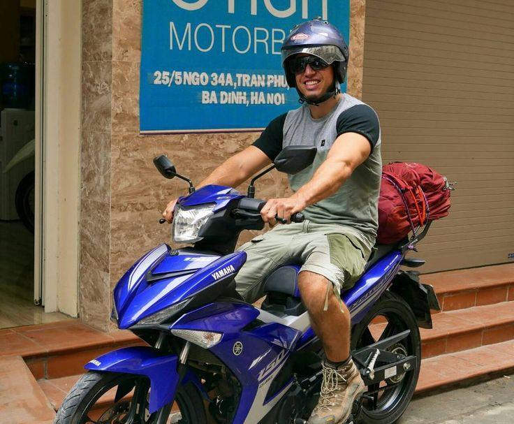 Blake and the Yamaha Exciter 150 for his third time back to Tigit Motorbikes #royalcustomer ##tigitmotorbikes #tigitmotorbikeshanoi #travelonbikes #travelvietnam #yamahaexciter #motorbikevietnam #rentabike #rentmotorbikes