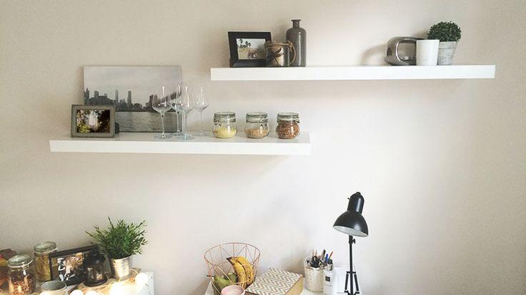 25+ beste ideeu00ebn over Lege Muur op Pinterest - Hal muur decor, Trap ...