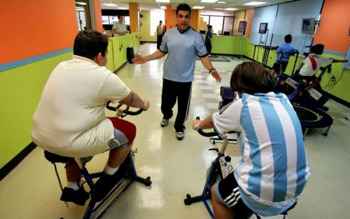 Αντιγραφάκιας: Πουέρτο Ρίκο: Πρόστιμο σε όσους γονείς έχουν παχύσ...
