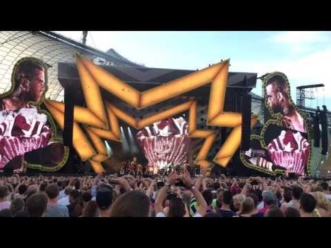 (68) ROBBIE WILLIAMS | THE HEAVY ENTERTAINMENT SHOW TOUR 2017 | Munich | 22 JUL 2017 | (4K) - YouTube