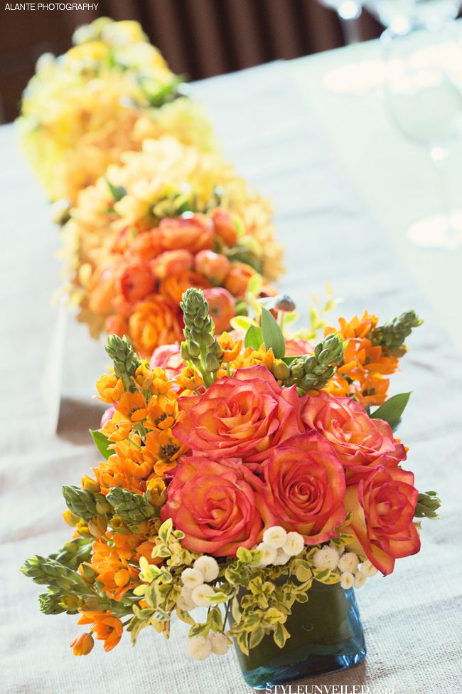 Decorate Your Table with this Ombre Look / Seattle Wedding / Alante Photography / via StyleUnveiled.com