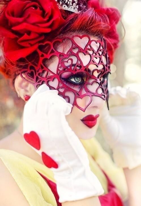 That mask red queen