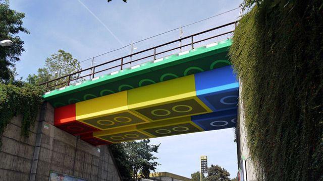 legoLego Bridges, Street Artists, Real Life, Bricks, Germany, The Bridges, Design, Graffiti Artists, Streetart