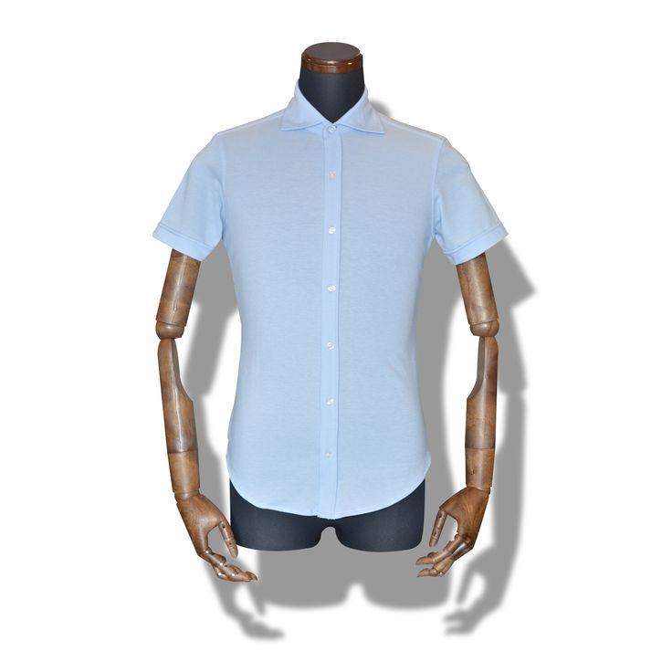 decollo shirts SS - lt.blue 360° stretch #mens #ladys #fashion #shirts #business #travel #pilot #italy #suits #narrowtie #style #white #monochrome #black #decollo #model #tokyo #shop #success #pinterest #decollouomo #cruise