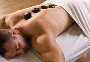 massaggio hot stone( pietre calde) www.centribenessereofferte.it