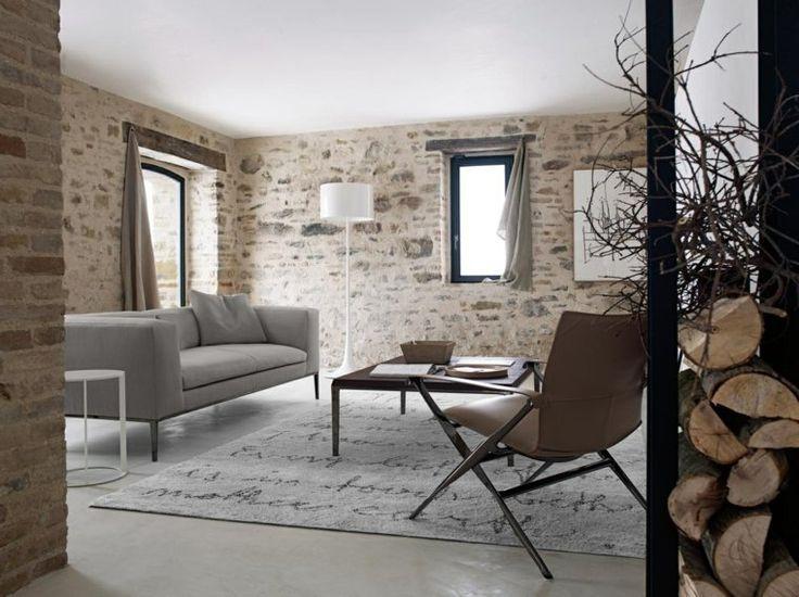 papier peint imitation pierre dans un salon avec effet briques