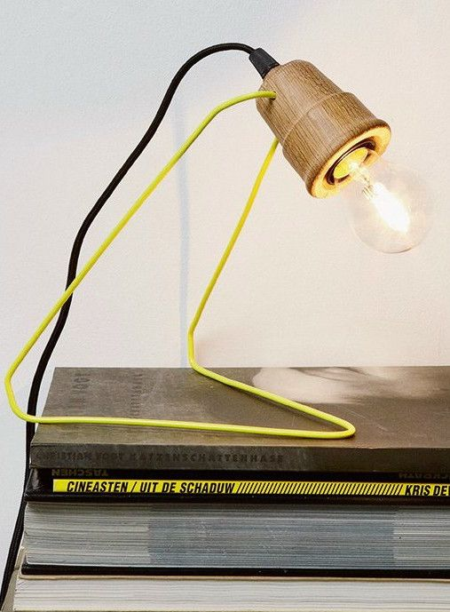 Metal and oak table #lamp WATTMAN by Universo Positivo | #design Lara & Jan @UniversoPositiv Product Design #productdesign