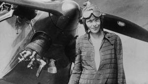 Amelia Earhart - Pilot - Biography.com