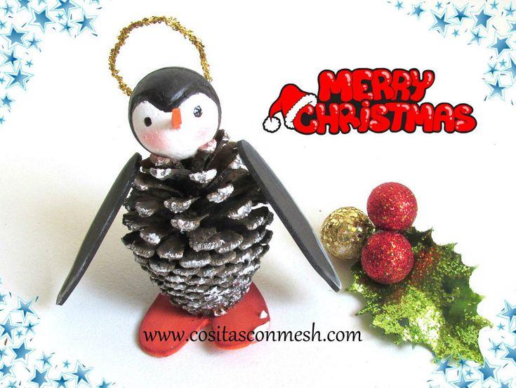 C mo hacer un adorno de navidad diy con pi as - Como hacer centros de navidad con pinas ...