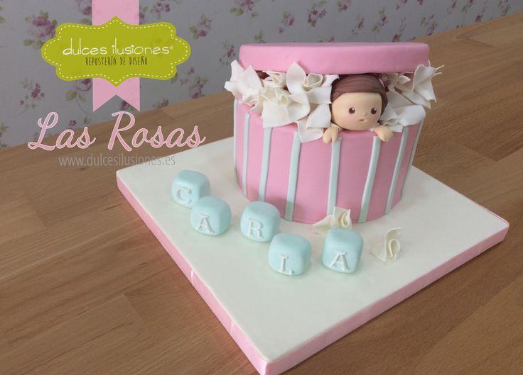 Celebra tu Baby shower con una tarta de Dulces Ilusiones