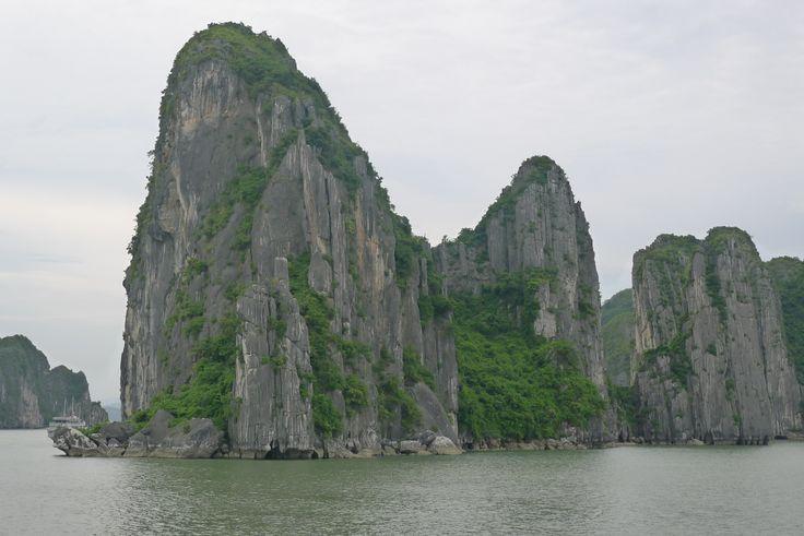 Vịnh Hạ Long (Ha Long Bay) in Thành Phố Hạ Long, Tỉnh Quảng Ninh