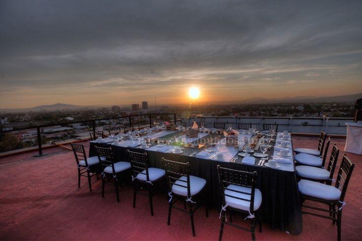Uno de los hoteles cerca de la Expo Guadalajara que recomendamos es el Hotel Presidente Intercontinental Guadalajara, he aquí como estuvo nuestra estancia: