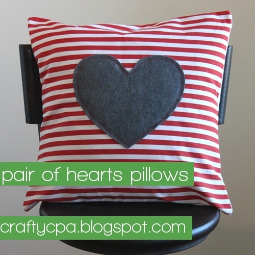 pair of hearts pillows | the crafty cpa