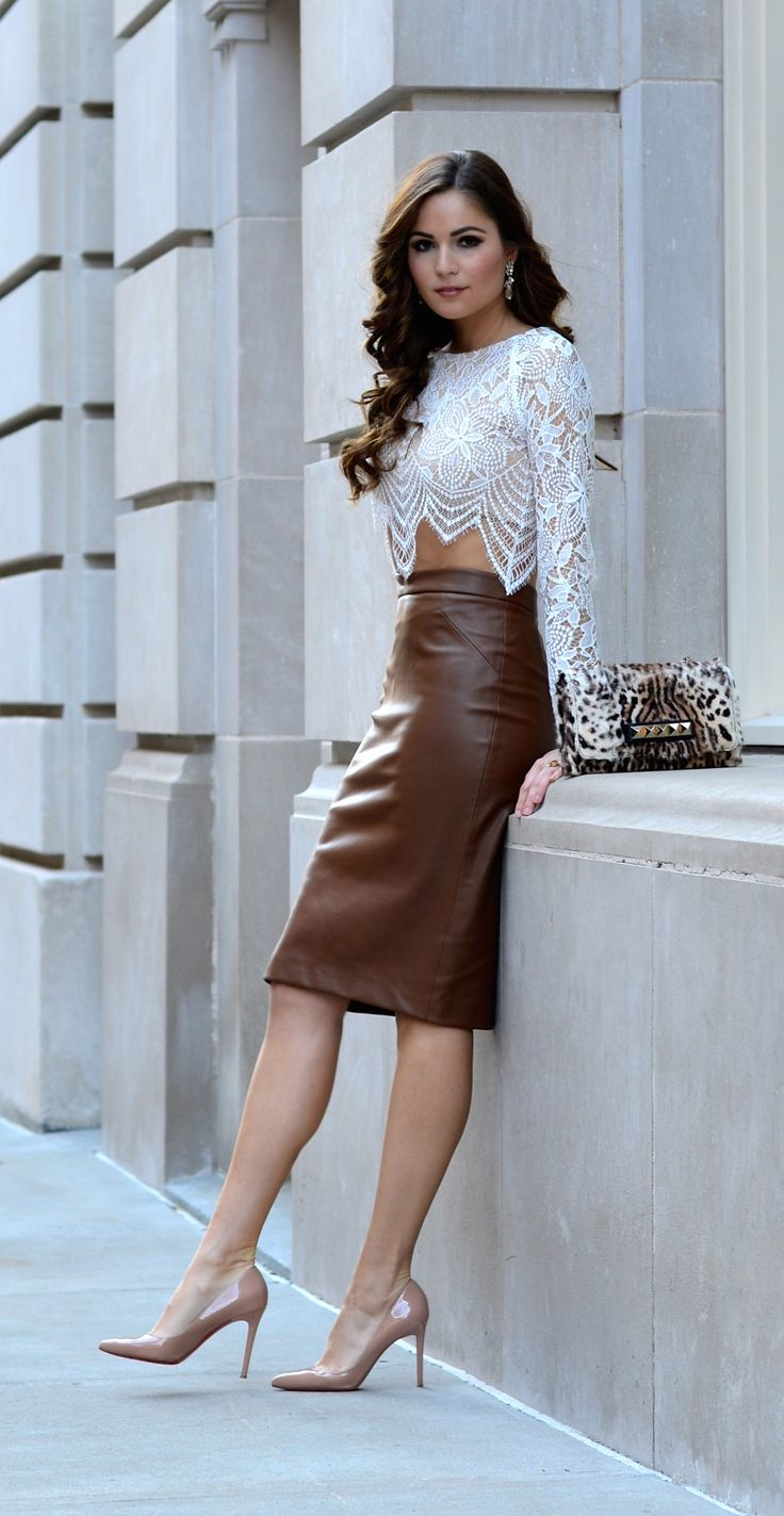 More on www.stilettomeetsespresso.com // leather pencil skirt / for love & lemons lave crop top / valentino va va voom animal print / louboutin pigalle nude
