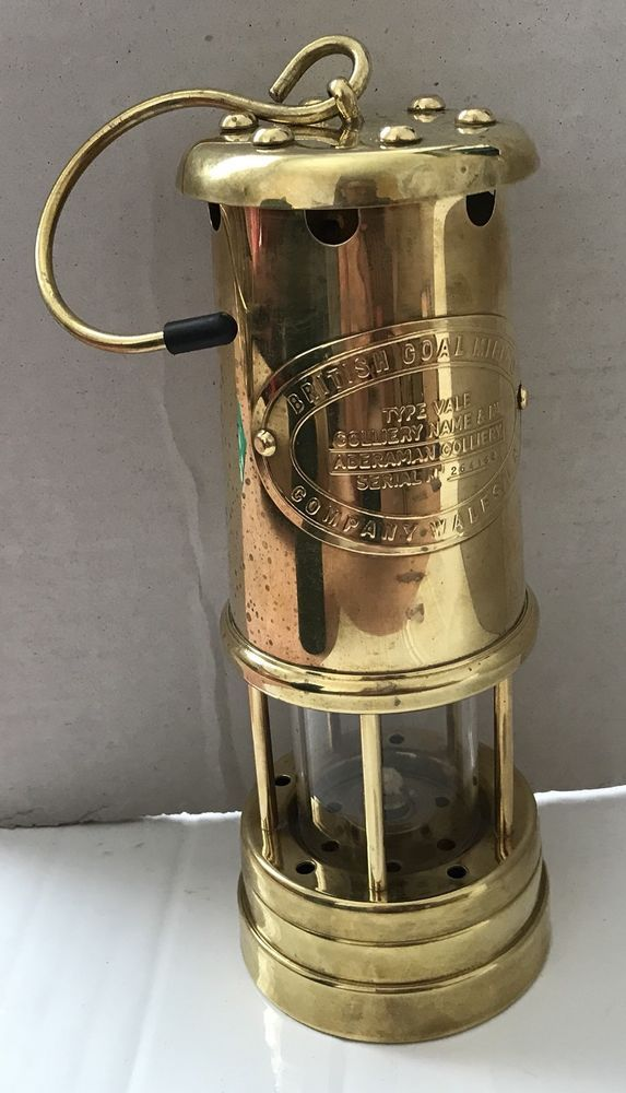 Vintage Aberaman Colliery Miners Lamp Made In Wales Serial No 264162 Lamp Colliery Memorabilia