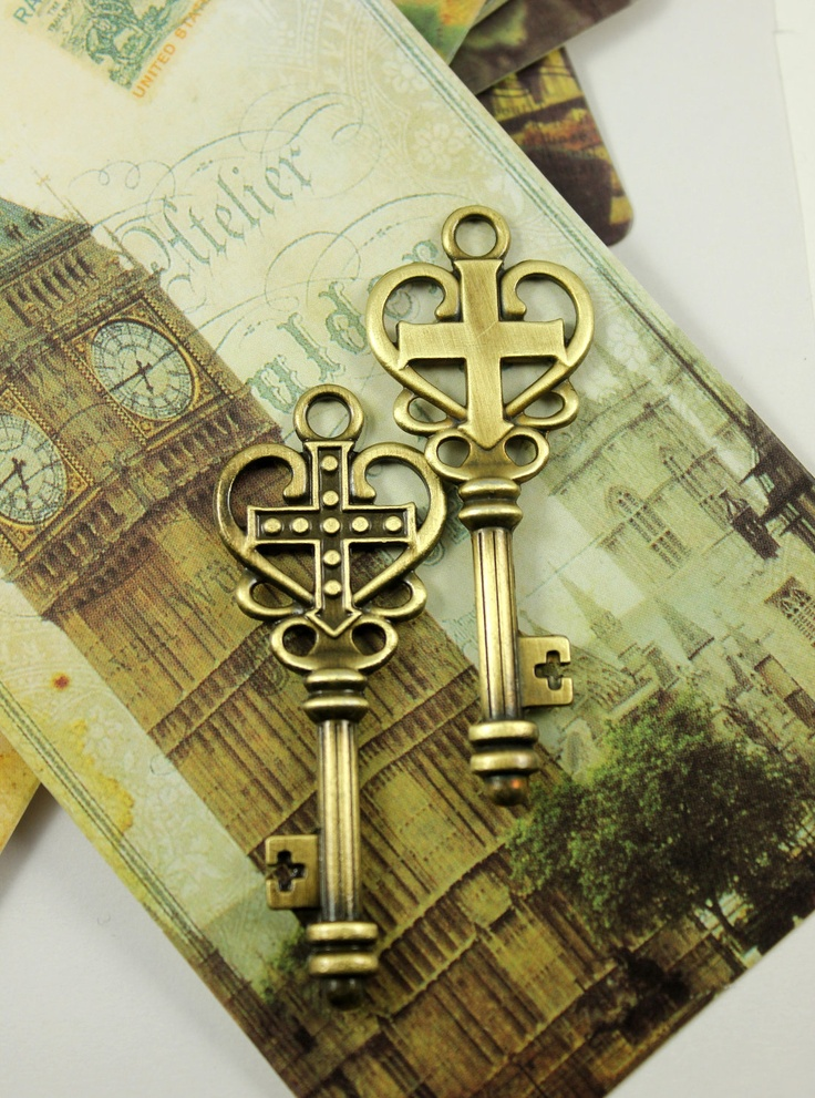 key with cross | Brass Key Pendants with Baroque Cross Heart Design. 4 pcs. 62mm x 24mm
