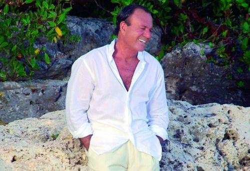 Posponen el concierto de Julio Iglesias en la Isla ...