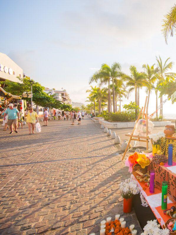Puerto Vallarta's altars look great...
