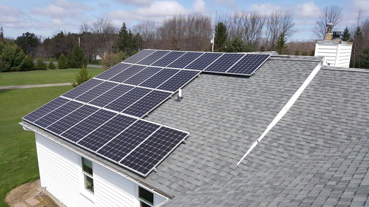 April 13, 2016 6.84 kW roofmounted solar panel system