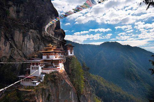 Taktshang Monastery, Bhutan: Tigers Nests, Prayer Flags, Favorite Places, Bhutan, Beautiful, Paro Taktsang, Magic Places, Nests Monasteri, Travel