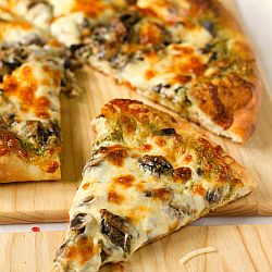 Portobello Pesto Pizza