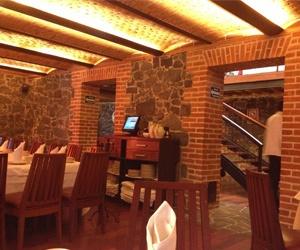 El cardenal y sus desayunos mexicanos es un obligado en for Los azulejos restaurante mexicano
