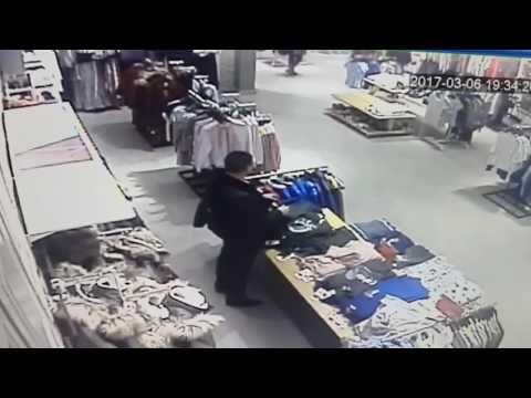 """Представители Koton утверждают, что видео с саратовцем справившим нужду на одежду - ФЕЙК  """"Мы видели видеоролик и можем сказать только одно: это точно не Koton. Возможно, казус случился в каком-то другом магазине, но явно не в нашем. В полицию, разумеется, мы не обращались, поскольку не было повода"""", - сказали в администрации Koton.   http://www.sarinform.ru/news/2017/03/16/171692 #Саратов #СаратовLife"""